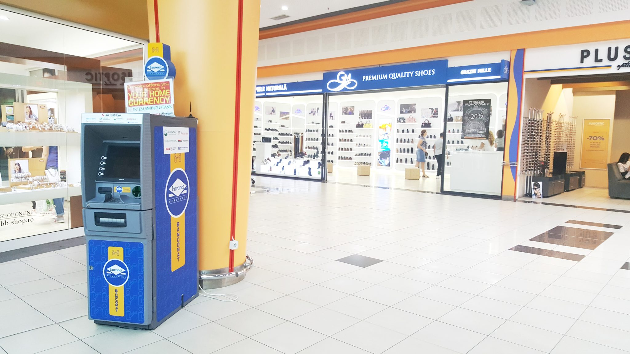 euronet-services-atm-in-front-of-splendor-store